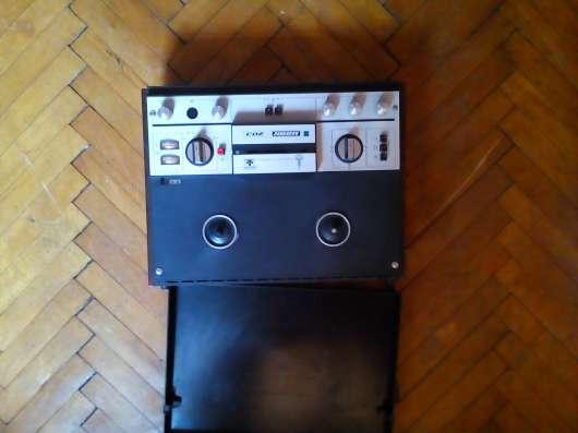 Продам бабинный магнитофон