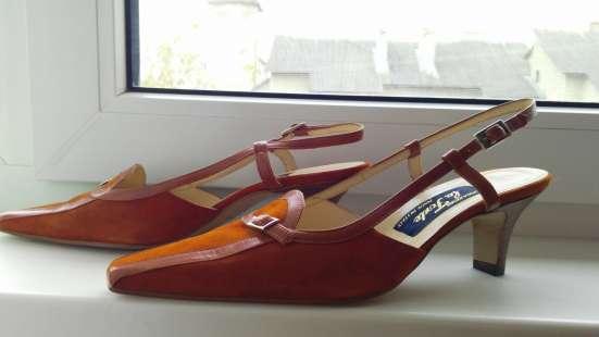 Коричневі шкіряні замшеві туфлі 39