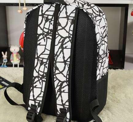 Рюкзак белый черный граффити в г. Запорожье Фото 2