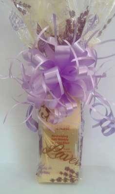 Упаковка подарков и продажа упаковочных материалов