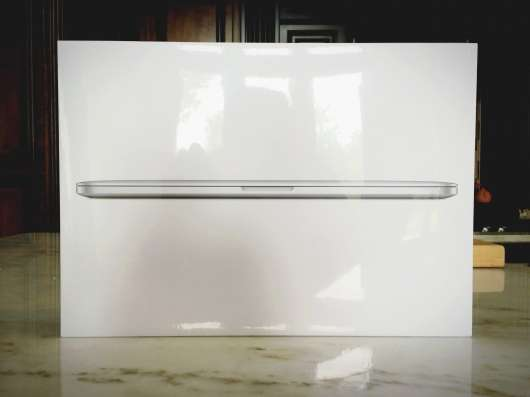 "Apple Macbook Pro RETINA 15.4"" 2.8 GHz i7 16GB 1TB FLAS"