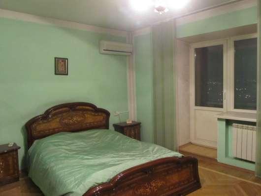 Продам 5-к. двухуровневую квартиру Взлетная 26 Б, 10-11 К