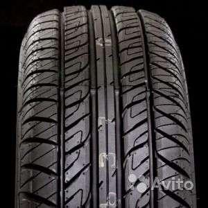 Новые шины данлоп 225/65 R17 Grandtrek PT2 101H