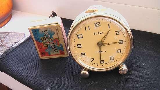 Часы будильник Слава СССР 1950 годы