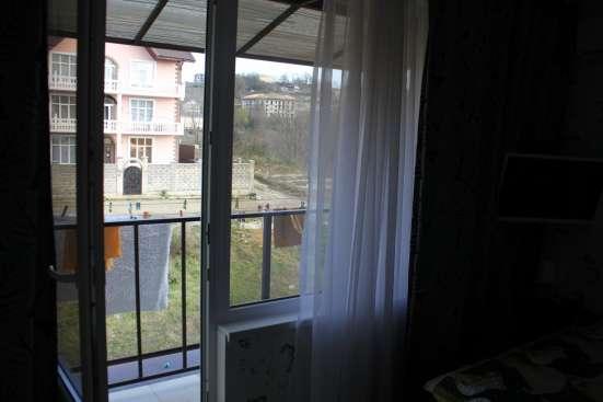 2-к квартира просторная с оригинальным ремонтом, море рядом в Сочи Фото 4