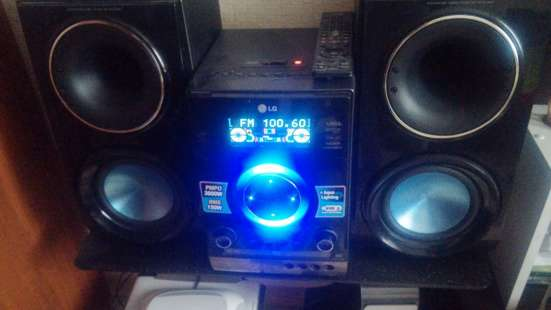 Музыкальный центр LG rbd-154k