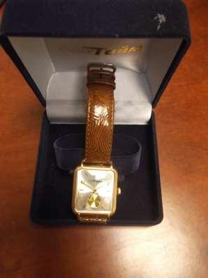 Часы золотые МакТайм