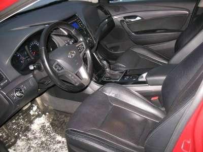 автомобиль Hyundai i40, цена 944 000 руб.,в Екатеринбурге Фото 3