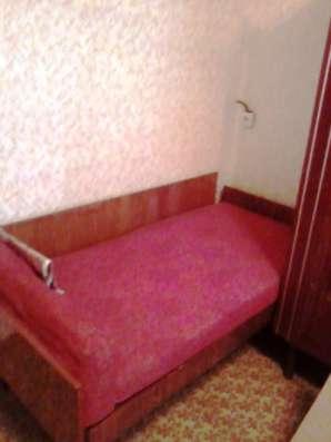 одноместный диванчик