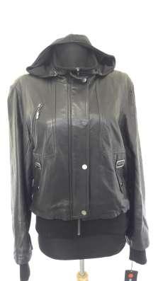 Кожанная куртка с трикотажными вставками