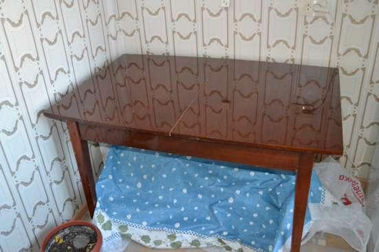 Стол раскладной полированный