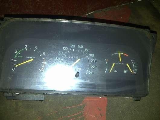 Saab 9000  панель приборов АКПП