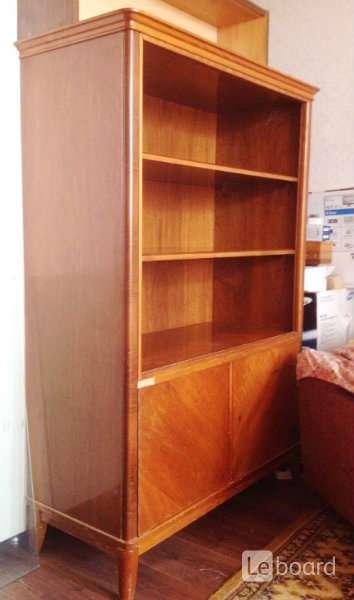 Книжный шкаф дешево в Чебоксарах.